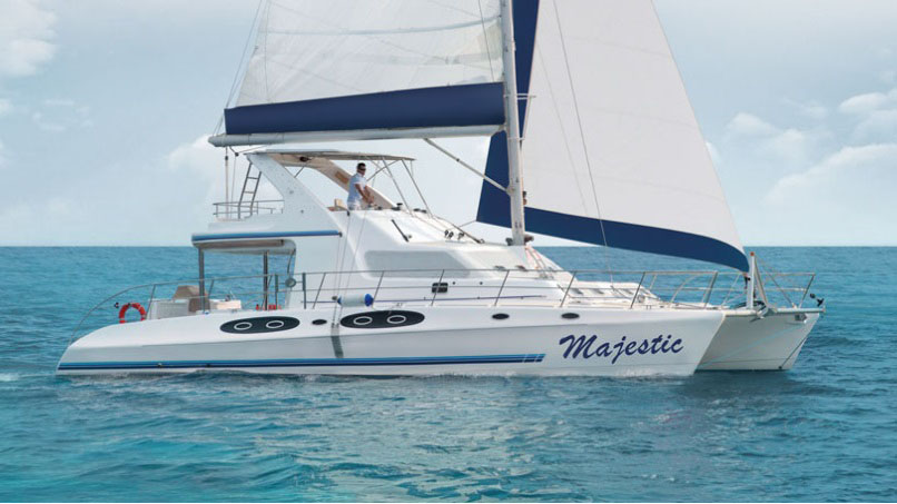 The Majestic 530 – Flybridge